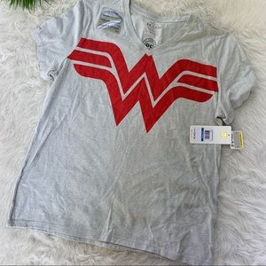 Under Armour Wonder Woman tee XL